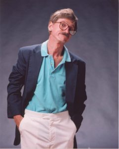 bill_oberst-as-grizzard-hands-in-pockets